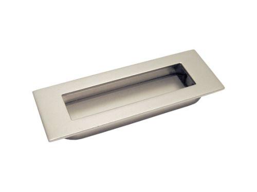 nábytková úchytka kovová do posuvných dverí, zapustené hranaté madlo Leona, rozteč 76mm