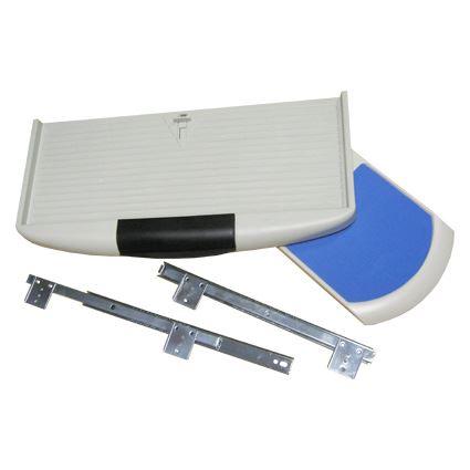 klávenicový výsuv s plastovou deskou pod klávesnici a podložkou pro myš